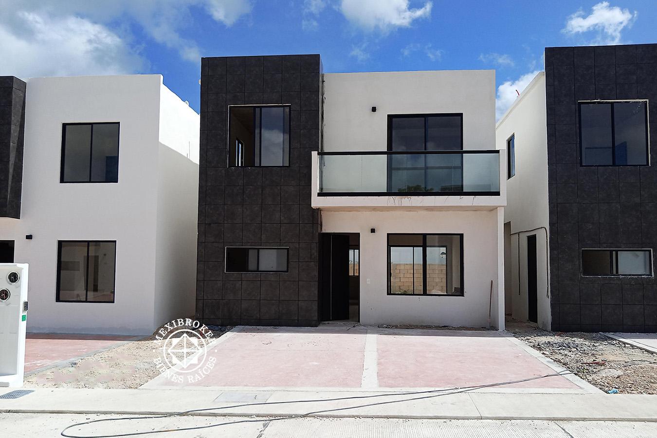 Casa en privada al norte de Mérida. Cod. Idil-Terra